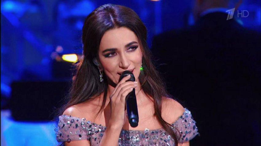 Певица Зара призналась, что черпает вдохновение у жен катарских эмиров