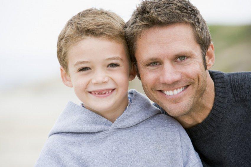 Признаки, говорящие о родстве отца и его ребёнка