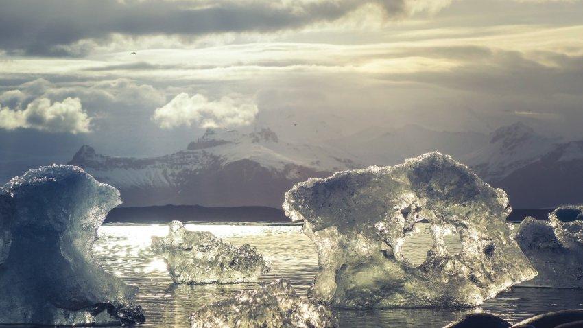 Заявление ученых: практически во всех ледниках мира обнаружены радиоактивные вещества