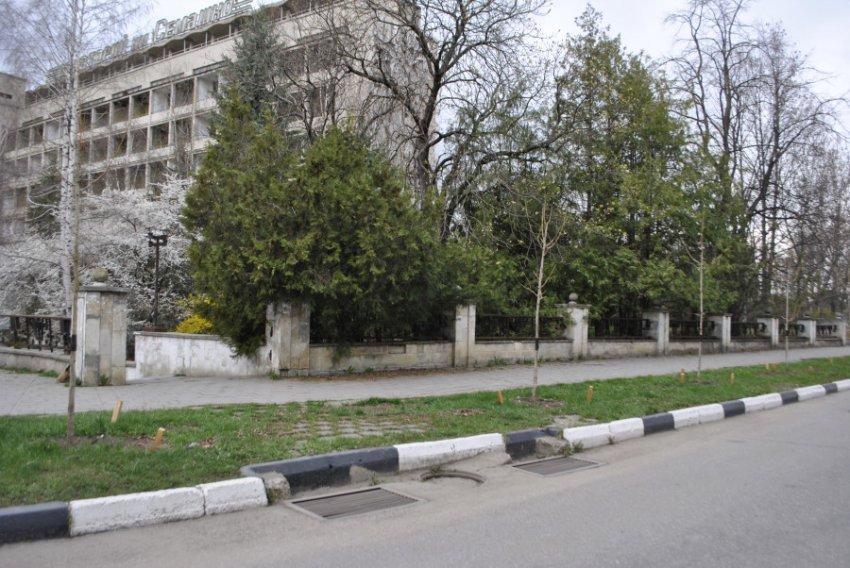 Отдыхающие жалуются на неприятный запах в Кисловодске