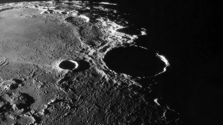 На Луне намного больше воды, чем кто-либо мог предположить