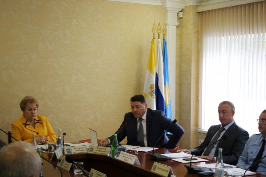 Глава Кисловодска отчитался перед депутатами о проделанной в 2018 году работе