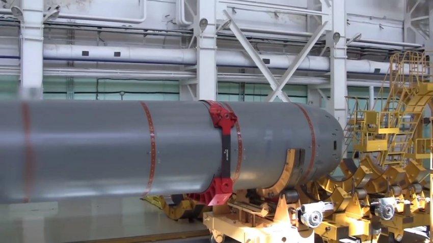 Подлодка Судного дня: спущена на воду самая длинная субмарина в мире