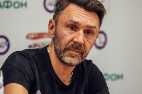 """Шнуров выступил с заявлением о победе дочери Алсу на """"Голосе"""""""