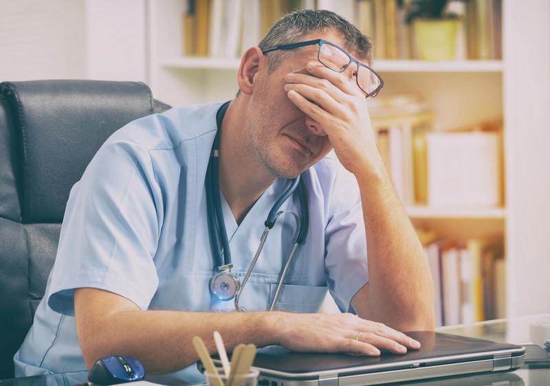 Право на ошибку: почему одни врачи лечат, а другие калечат
