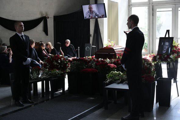 Сегодня в Москве прощаются с Сергеем Доренко