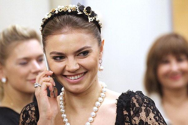 Алина Кабаева, родила двойню: от кого родила, новости сегодня, кто муж