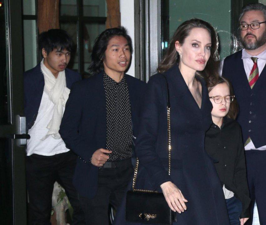 Анджелина Джоли отписала Мэддоксу продюсерскую компанию