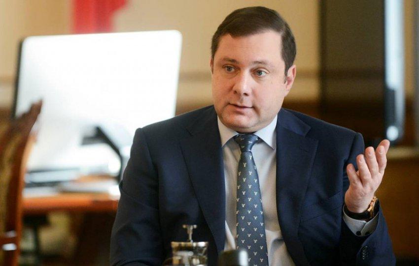 Губернатор назвал свою подписчицу «шизоидной дурой», а после - признался во взломе