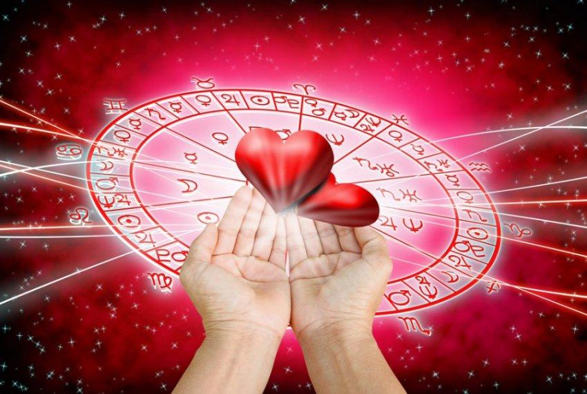 Знаки зодиака, которые не могут забыть друг друга даже после расставания