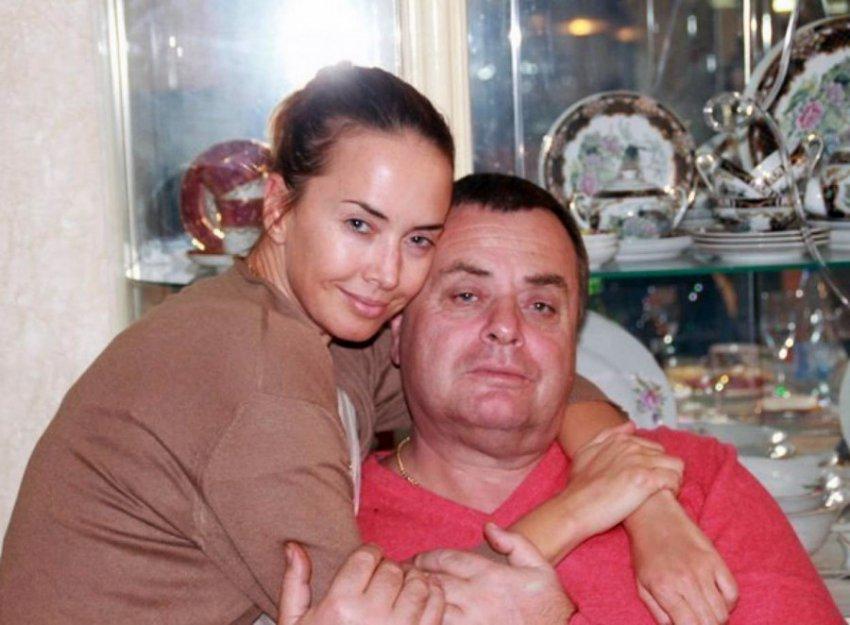 Семья Фриске продолжает искать деньги для выплаты многомиллионного долга «Русфонду»
