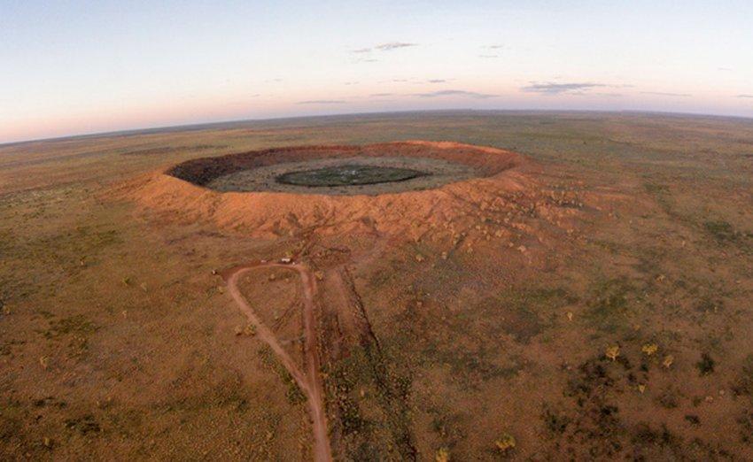 ТОП-8 гигантских кратеров Земли, вызвавших катаклизмы