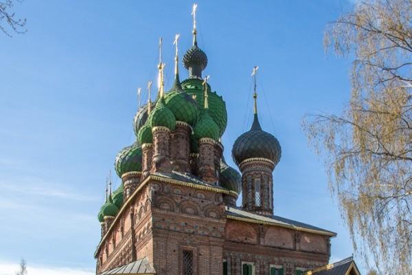Сегодня, 07.06.2019, церковный какой праздник в России?