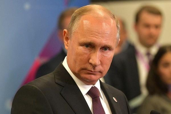 Опрос показал, сколько россиян гордятся работой Путина