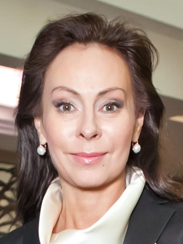 Шура предложил россиянам помочь Марине Хлебниковой, якобы страдающей от алкогольной зависимости