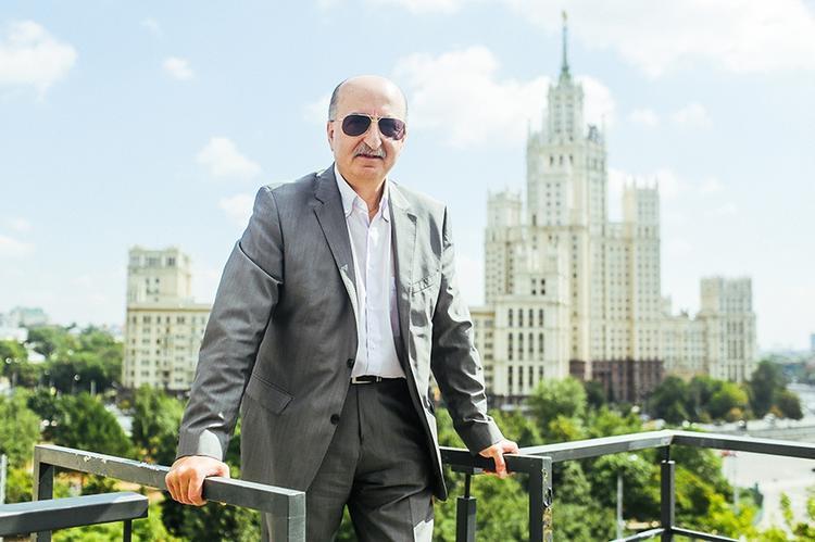Основатель Вимм Билль Данн спрятался от ФСБ за границей