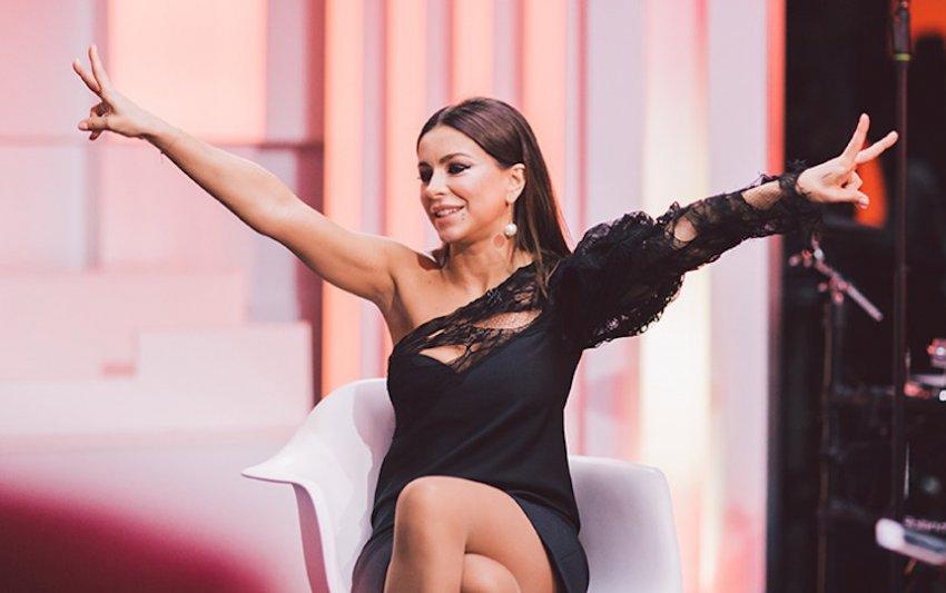Подписчики Ани Лорак смущены ее образом на Премии Муз-ТВ