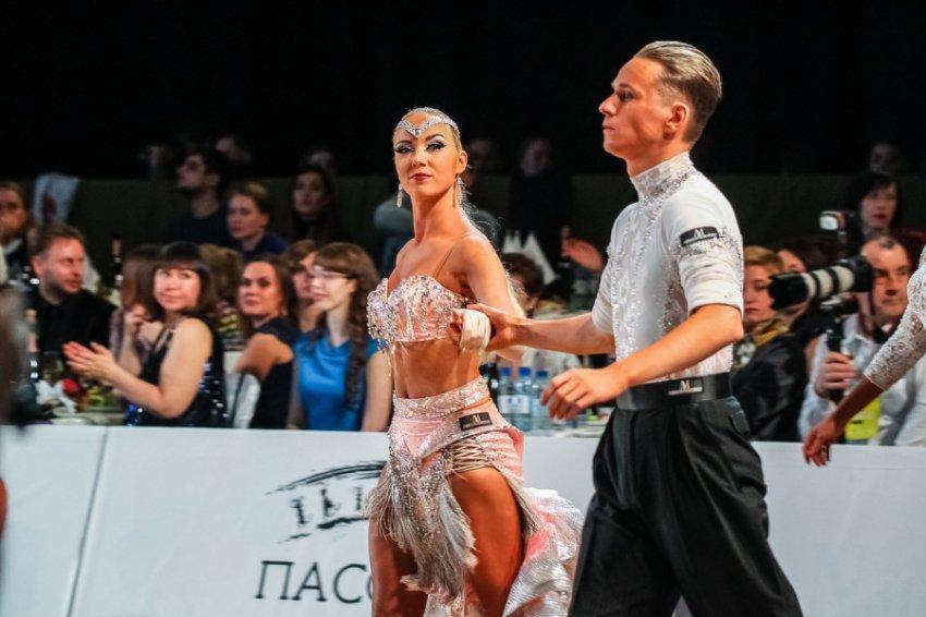 Чемпиона по бальным танцам Андрея Выслоуха избил охранник клуба GIPSY