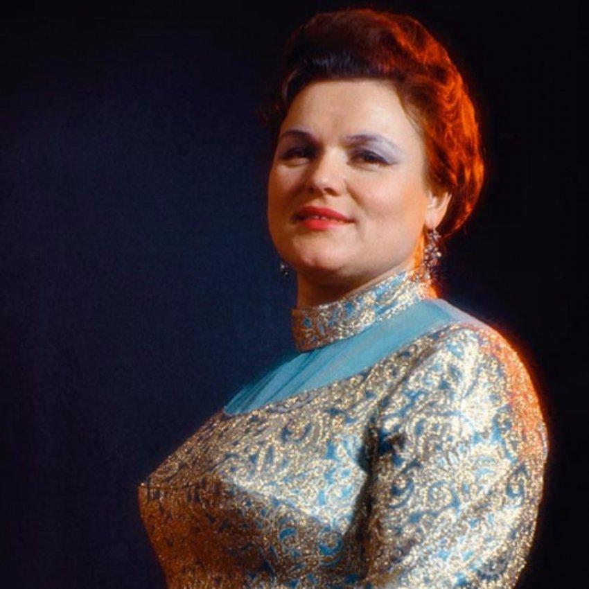 Невестка Людмилы Зыкиной вспомнила о том, что певица забрала у нее детей
