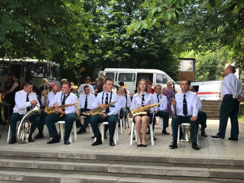 Фестиваль оркестров Росгвардии проходит на Кавказских Минеральных Водах