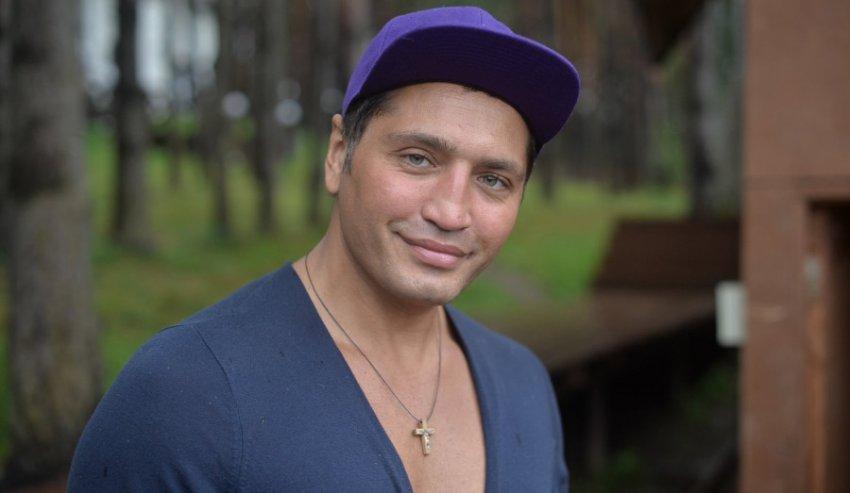 Шифрин обвинил Алибасова в том, что он повторил его сцену с чудесным исцелением