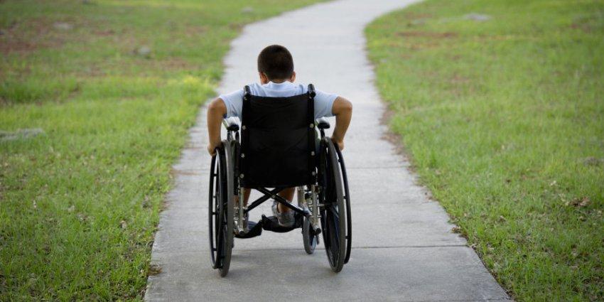 С 1 июля в России вдвое вырастут выплаты по уходу за инвалидами, но получат их не все