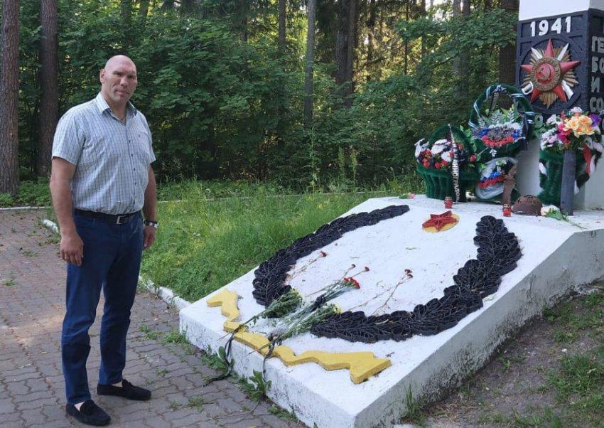 Поборовший опухоль мозга Николай Валуев возмутился сравнениями с Фриске
