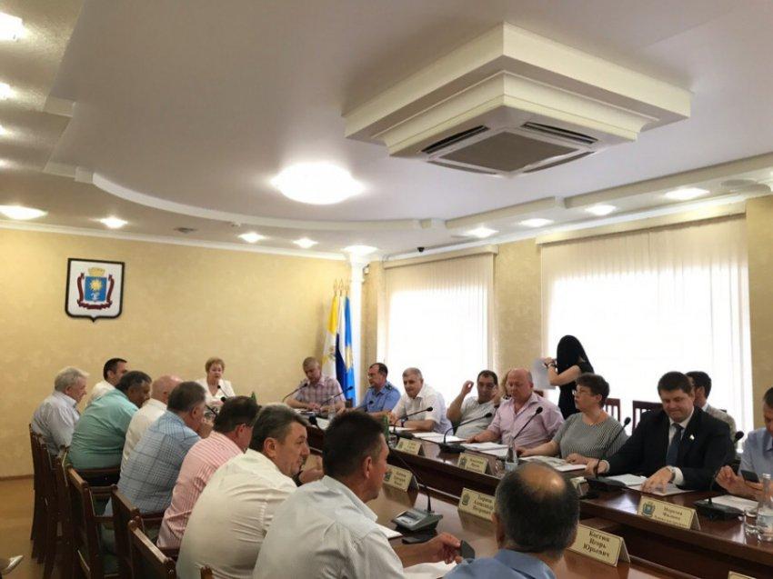 Прокуратура Кисловодска выявила 17 фактов коррупции в деятельности городской администрации