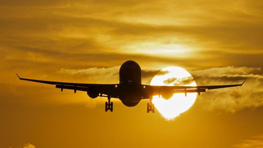 Авиация приближает смерть человечества: ученые установили, что самолеты разрушают атмосферу