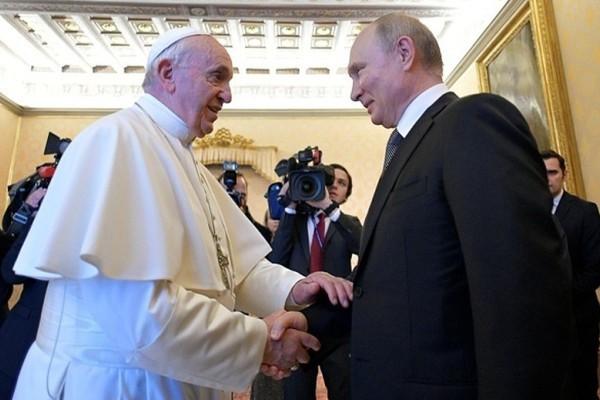 Раскрыт конфуз на встречи Путина и папы Римского