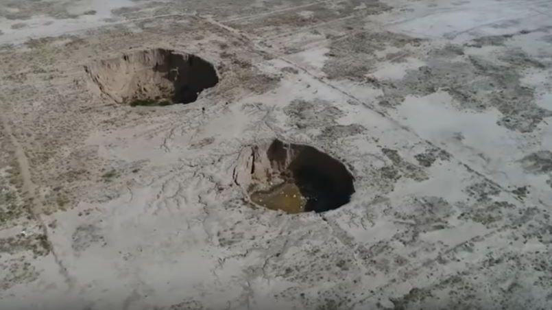 Иран проваливается под землю: в стране появляются дыры огромных размеров