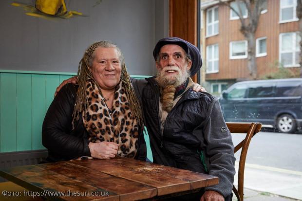 Женщина в 62 года нашла свою биологическую мать и семерых братьев и сестер
