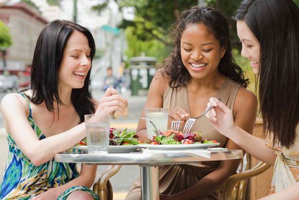В моду вошла диета «Один прием пищи в день»: все за и против