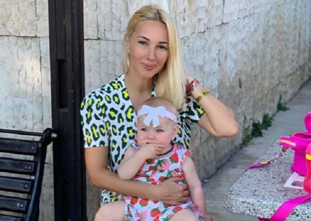 Лера Кудрявцева места себе не находит – переживает за свою малышку