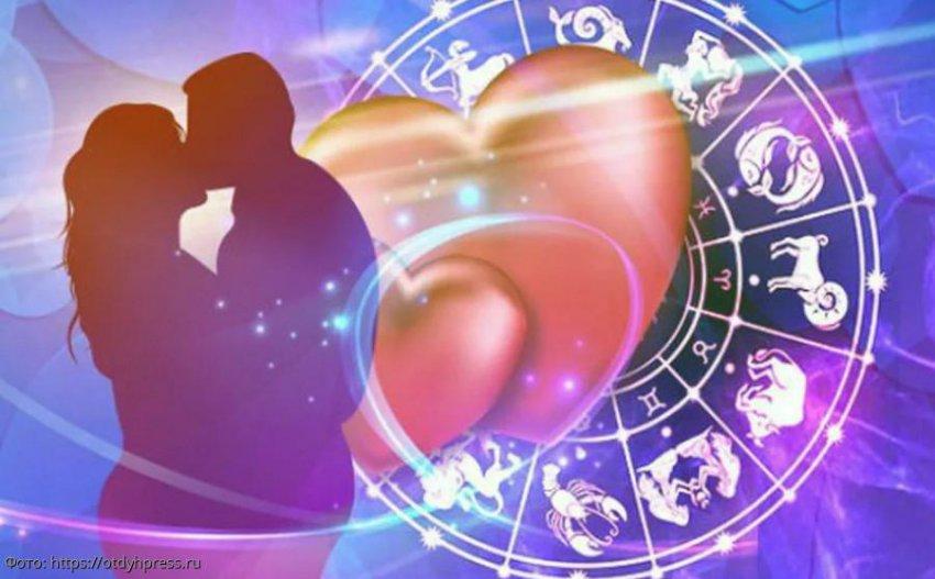 Знаки Зодиака, для которых школьная любовь остаётся единственной в жизни