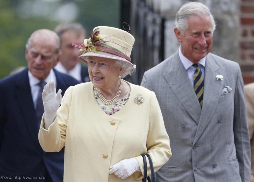 Королеву Елизавету могут лишить короны в пользу регентства принца Чарльза