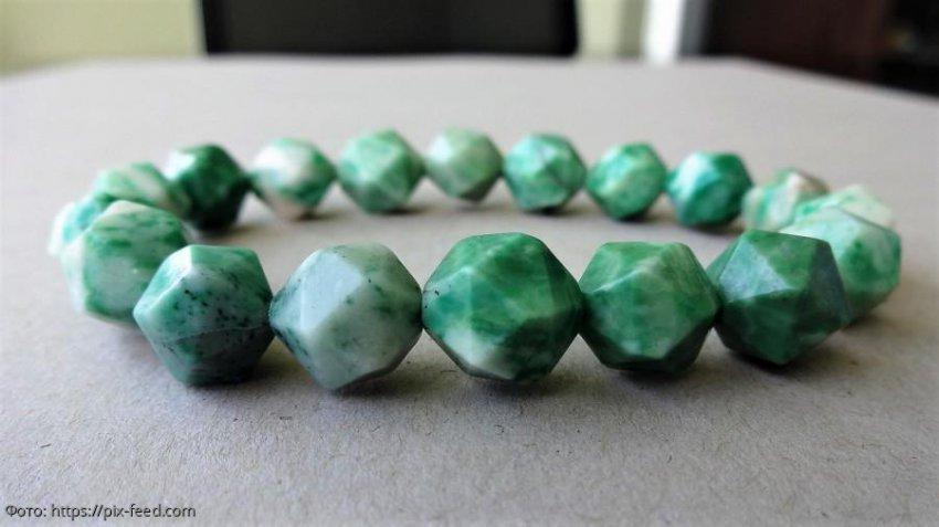 Камни и минералы для представителей знаков Земли: Телец, Дева и Козерог