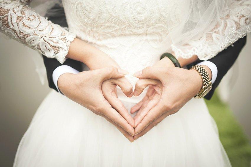 Какая связь между свадьбой, приметами и суевериями
