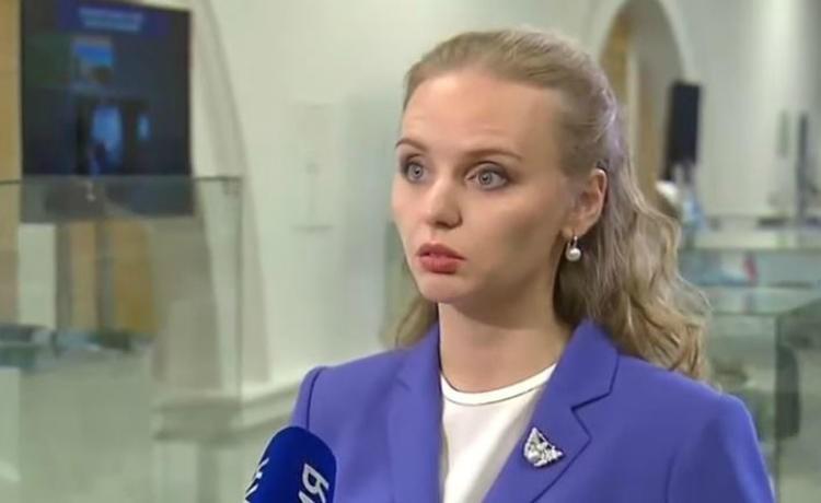 Предполагаемая дочь Путина появилась в эфире федерального канала