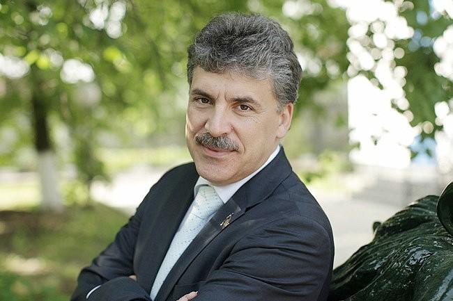 Павел Грудинин назвал власть рейдерским захватчиком
