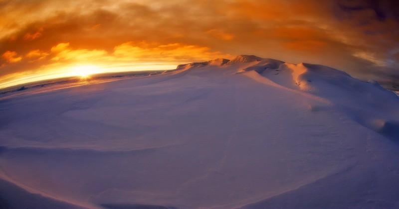 Новые открытия без участия людей: феномен призрачной базы в Антарктиде