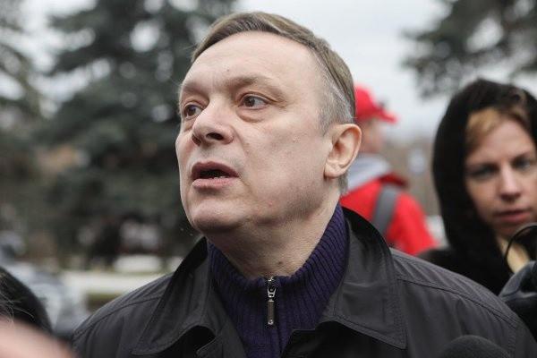 Разин попросил Зеленского пустить его на Украину