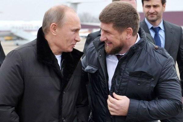 Кадыров поздравил Путина с 20-летием у власти