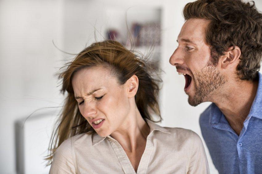 Три волшебных способа, которые успокоят даже самого эмоционального собеседника