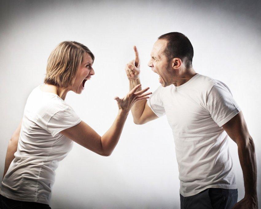 Если любимый человек во время ссоры совершает эти семь действий: ваши отношения нездоровы