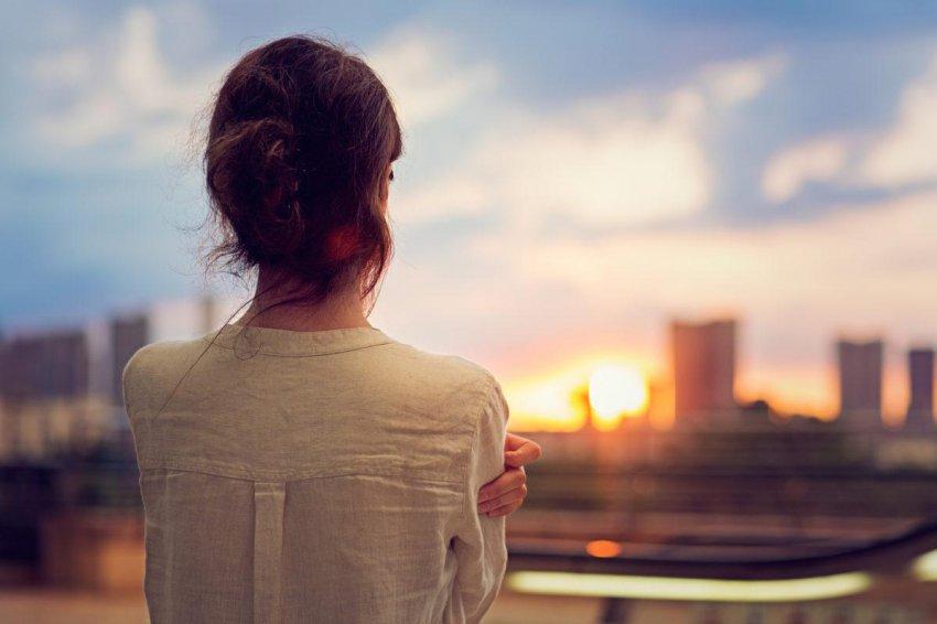 Эти 6 фраз часто повторяют люди, находящиеся в состоянии полного эмоционального упадка