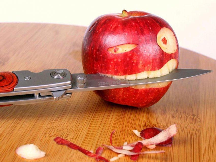 Упал нож: что сулит примета
