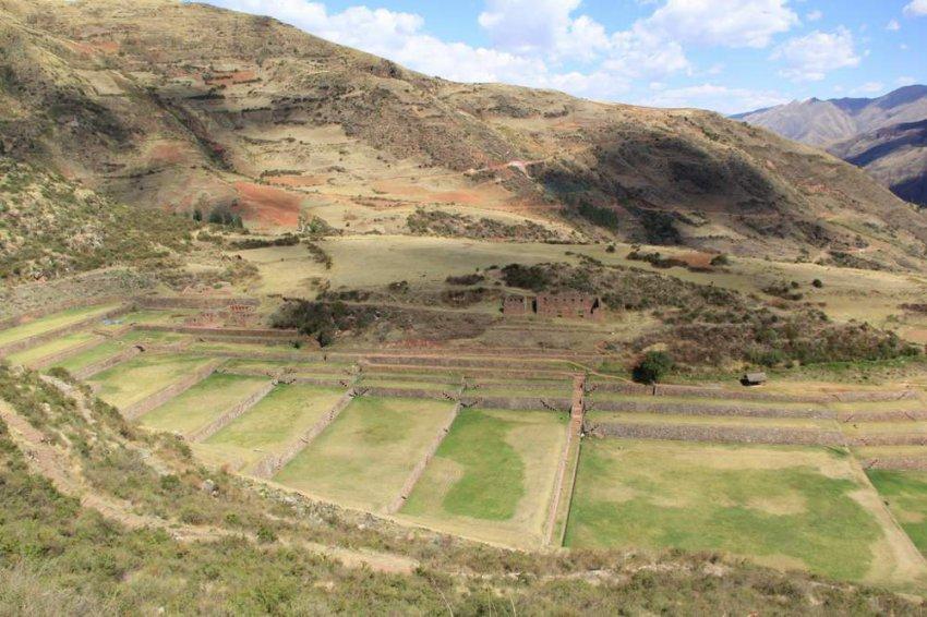 Типон - водные террасы, построенные инками в Перу