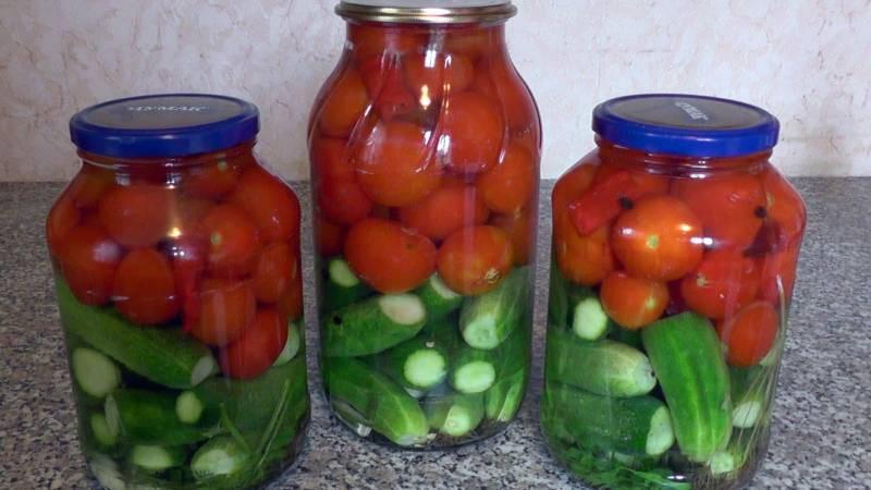 Диетологами названы причины, по которым нельзя совмещать огурцы с помидорами
