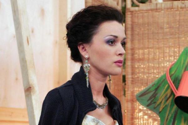 Анастасию Заворотнюк парализовало в реанимации
